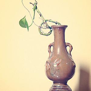 清代贴塑黄釉窑变清供瓶