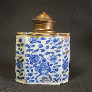 精品  清代康熙海草纹青花银盖鎏金茶叶罐