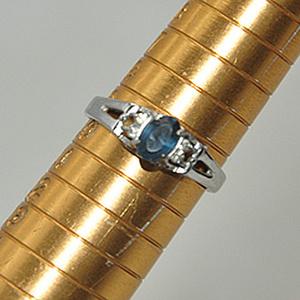 1.7克镶水晶戒指