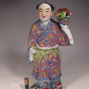 民国粉彩人物纹瓷塑