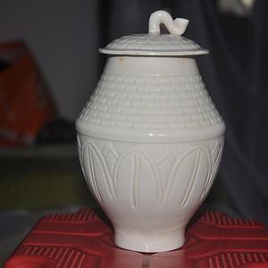 定窑白釉盖罐