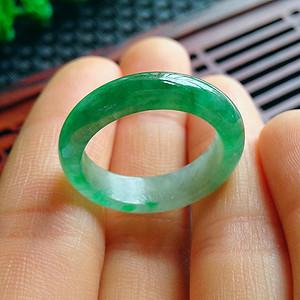 金牌 冰润满绿圆环戒指