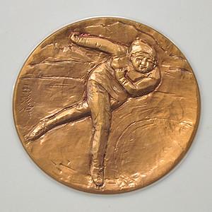 1972年第11届札幌冬奥会纪念章