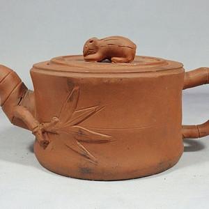 民国紫砂松鼠竹节执壶