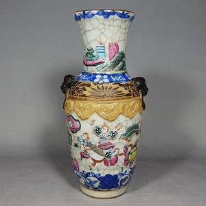 清代哥釉青花粉彩三国人物绘画赏瓶