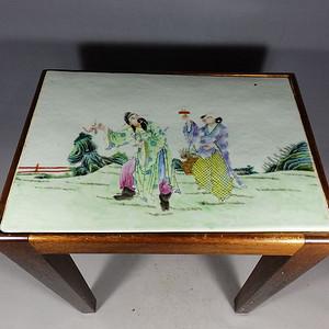 清代粉彩人物绘画瓷板镶嵌花几
