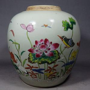 乾隆粉彩花鸟绘画罐