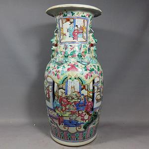 清代粉彩三国人物绘画赏瓶