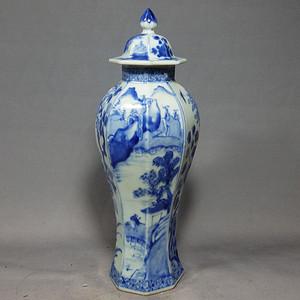 乾隆青花山水绘画六方梅瓶