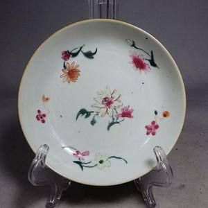 乾隆粉彩花卉绘画盘