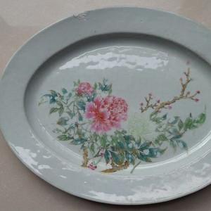 《520》民国末建国初粉彩手绘工笔细腻的富贵牡丹纹饰的大盘