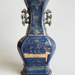 祭蓝描金诗词六方瓶