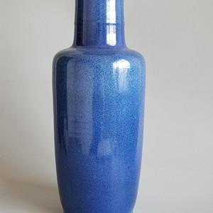 撒蓝棒槌瓶