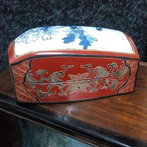 520 老镶嵌瓷大漆盒