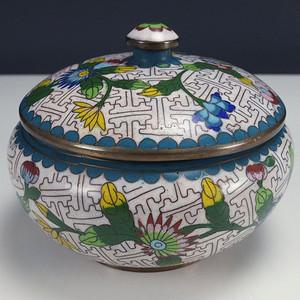 清代 铜胎掐丝珐琅  花绘纹 盖罐