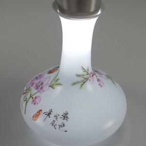 薄胎细路扁瓶