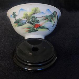 民国粉彩青山绿水茶碗