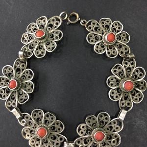 8063欧洲回流银花丝嵌珊瑚手链