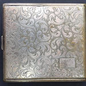 8022欧洲回流 錾刻工艺合成银大烟盒