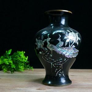 老嵌螺蛳大漆铜瓶