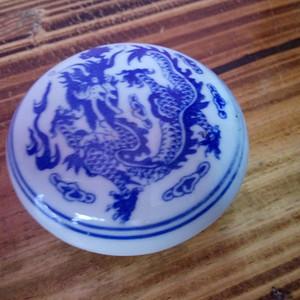 520   青花胭脂盒
