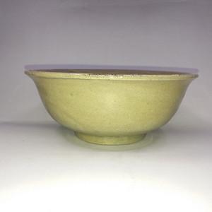 明代龙泉窑青釉菊纹碗