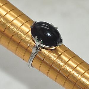 2.8克镶水晶戒指
