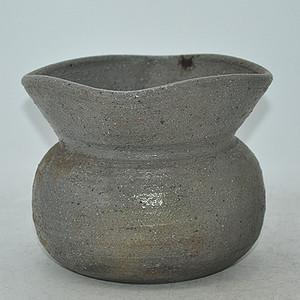 日本灰釉花器