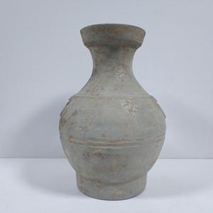 汉代铺首陶壶