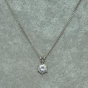 2.5克镶水晶吊坠项链