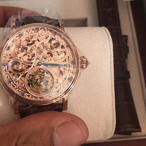 镂空陀飞轮手表