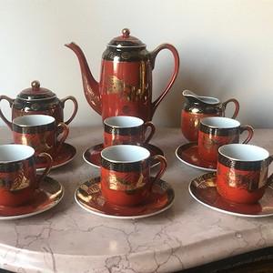5050 民国 红釉描金龙纹茶具一套15件