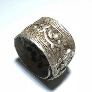 清 银质 花开富贵 戒指 手工錾刻 蝴蝶 回文 工艺精美 过去大户