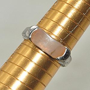 5.4克镶玛瑙戒指