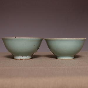 藏海淘 康熙豆青釉对碗 HX33