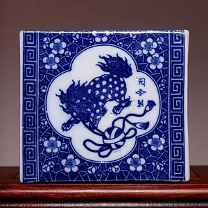 藏海淘 专家已鉴定 全品晚清青花瑞兽瓷枕之二 HX76