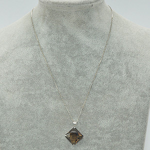6.2克镶水晶吊坠项链