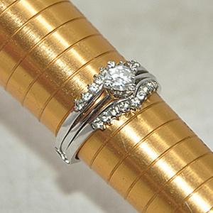 3.8克镶水晶戒指