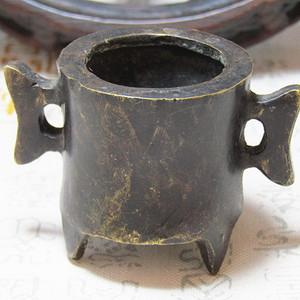 宣字款双立耳三足 铜香炉