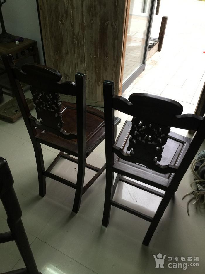 红酸枝椅子一对图5