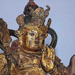 明代漆金韦陀像