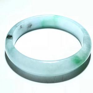 晚清 冰种 带阳绿 翡翠a货 手镯 水头荧光非常好 色泽辣绿 佩戴送人