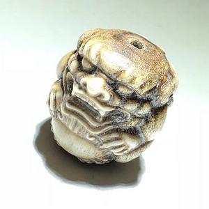 晚清 苏工 狮子滚绣球 挂件 手工雕刻 工艺精美 料质密度高 药用价值