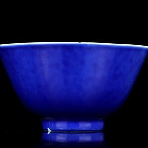 4民国粉彩兰釉碗
