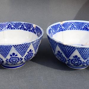 青花碗两只