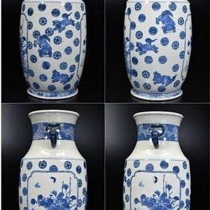 清中期青花狮子皮球花纹大瓶