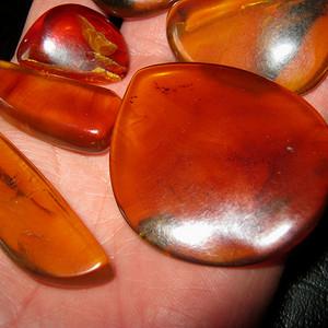 原矿琥珀原石
