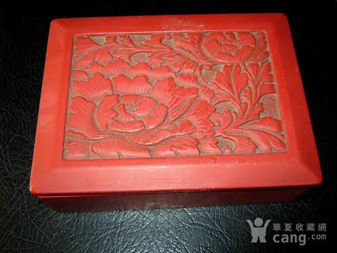 清代大红漆盒图1