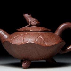 紫砂壶 荷叶青蛙壶