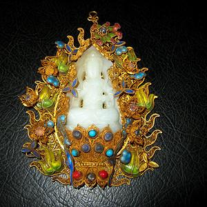 创汇期银鎏金蕾丝嵌宝镶和田玉观音雕件